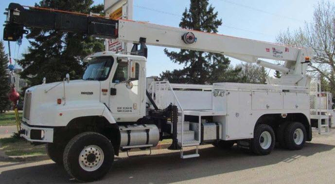 23-ton truck mounted hydraulic crane