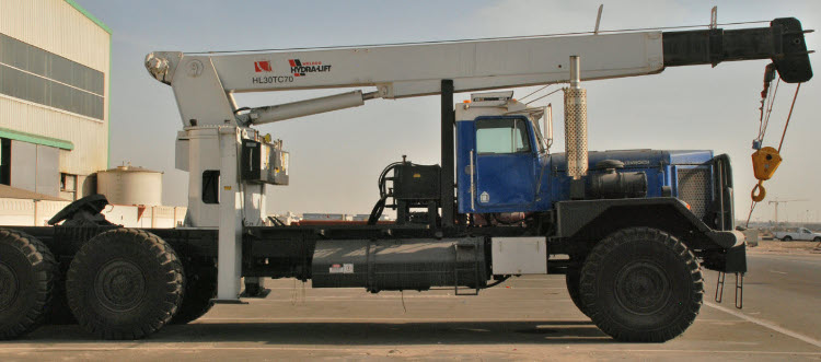 The most popular truck mounted crane on oilfields is actually the model HL30TC70 with 30-ton lifting capacity and 59' (18 m.) boom length (= 70' (21 m.) sheave height). It can be mounted on a single steering axle chassis